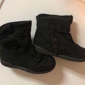 Black suede bow boots
